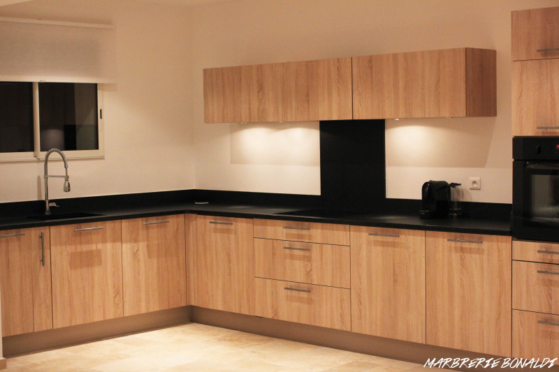 plans de travail de cuisine marbrerie bonaldi. Black Bedroom Furniture Sets. Home Design Ideas