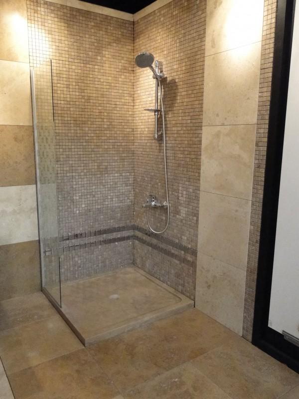 Salles de bains marbrerie bonaldi for Comcarrelage castorama sol