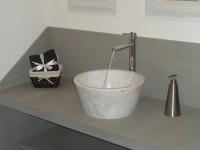plan de vasque en pietra serrena poser sur jambages avec vasque bol blanc carrare