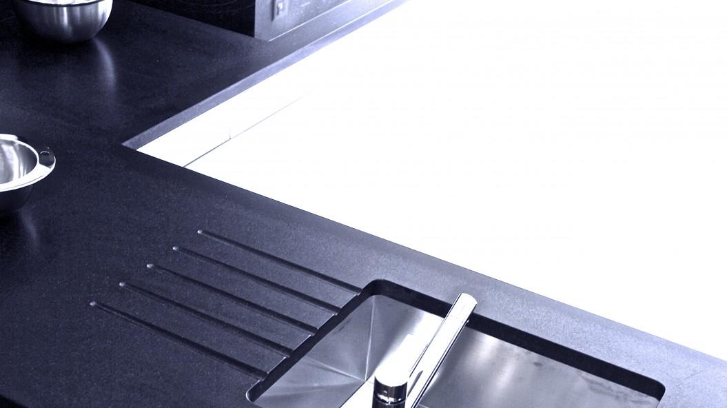 marbrerie bonaldi le muy var plan de travail de cuisine granit noir