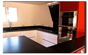 plan de cuisine granit noir cuir marbrerie bonaldi var le muy